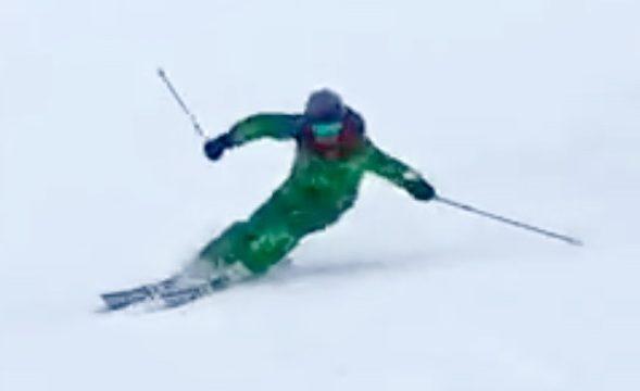 スキー 腰高